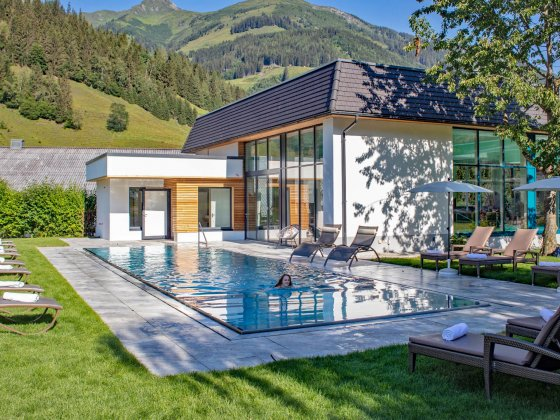 rauris wellnesshotel salzburger land pool